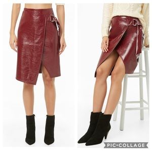 NWT Forever 21 Faux Patent Leather D-Ring Skirt